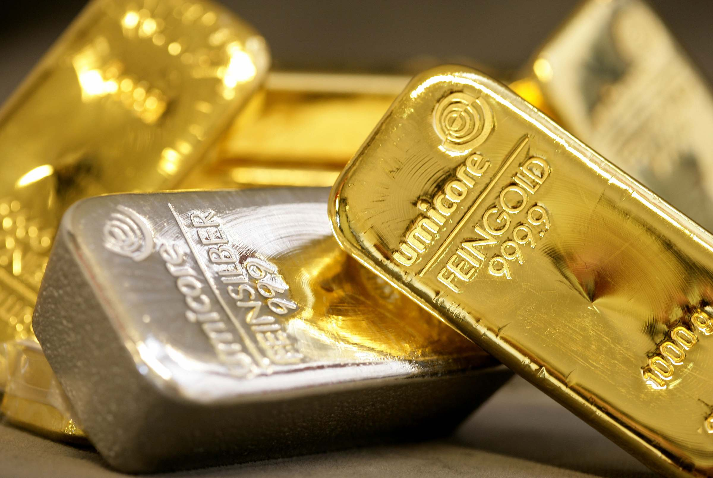 buy-gold-and-silver-safely